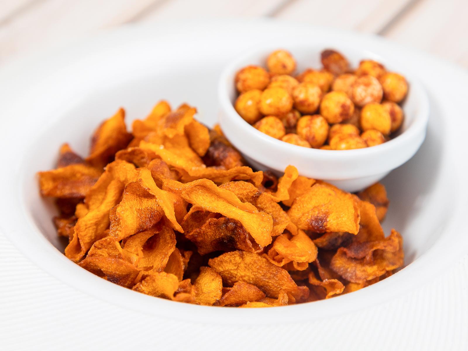 Морковные чипсы с нутом