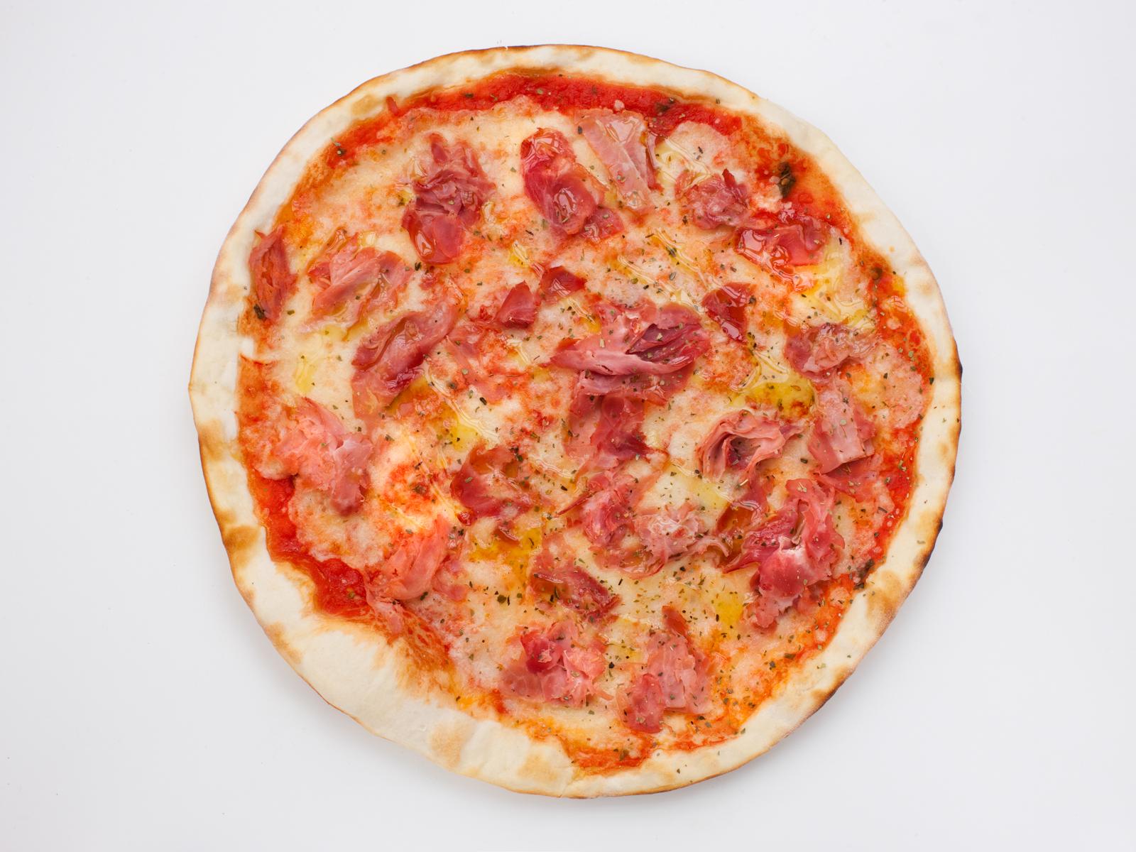 Пицца с ветчиной