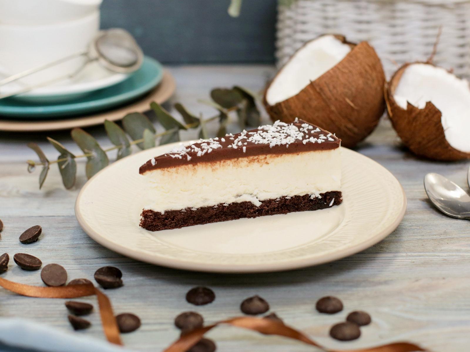 Муссовый торт Бразильский кокос и шоколад