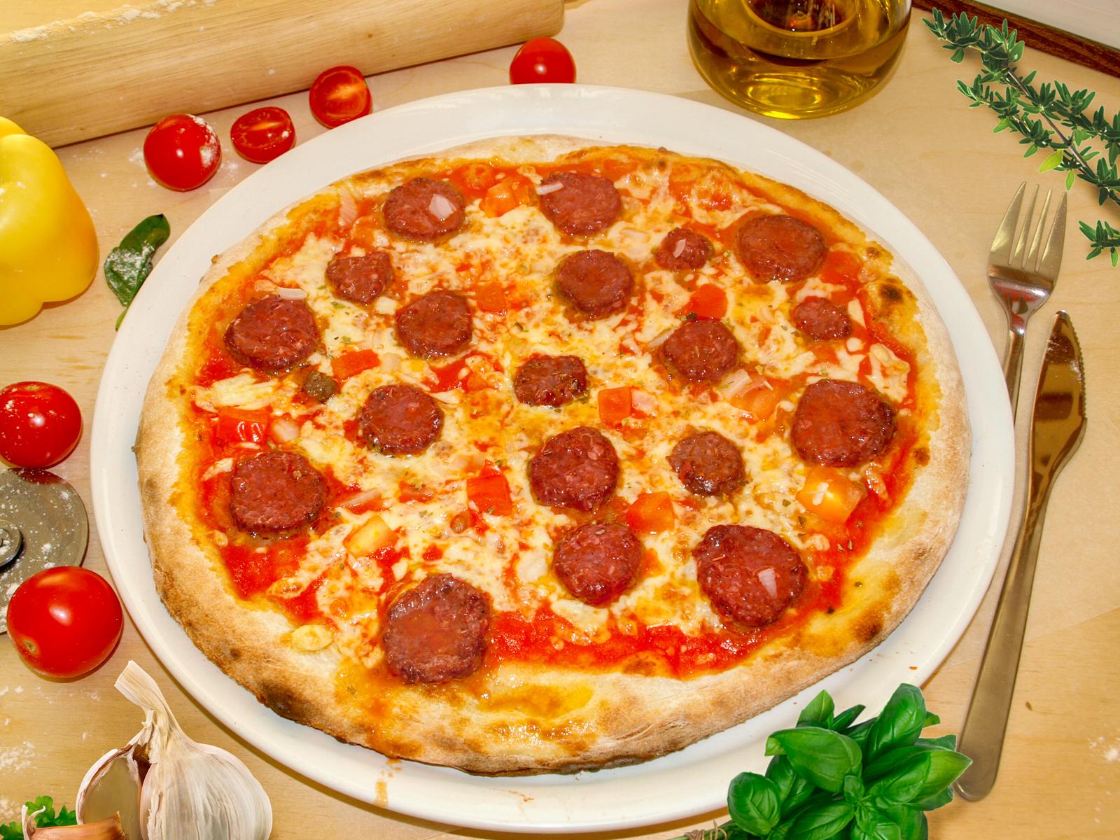 Пицца  Сальсичча