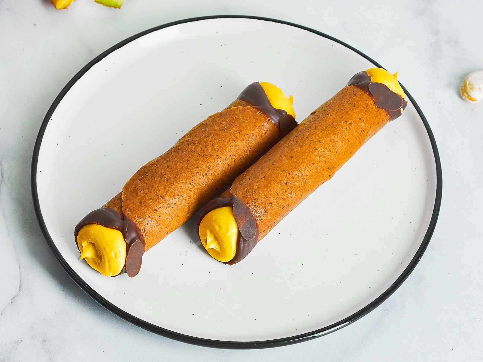 Канноли манго-маракуйя веган