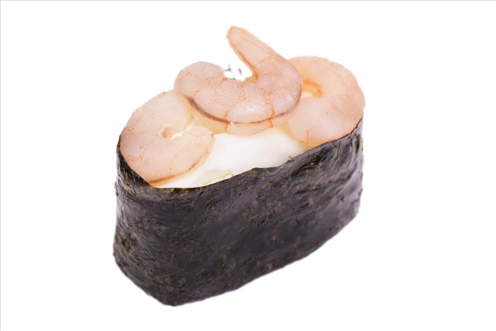 Гункан с креветкой и сливочным сыром