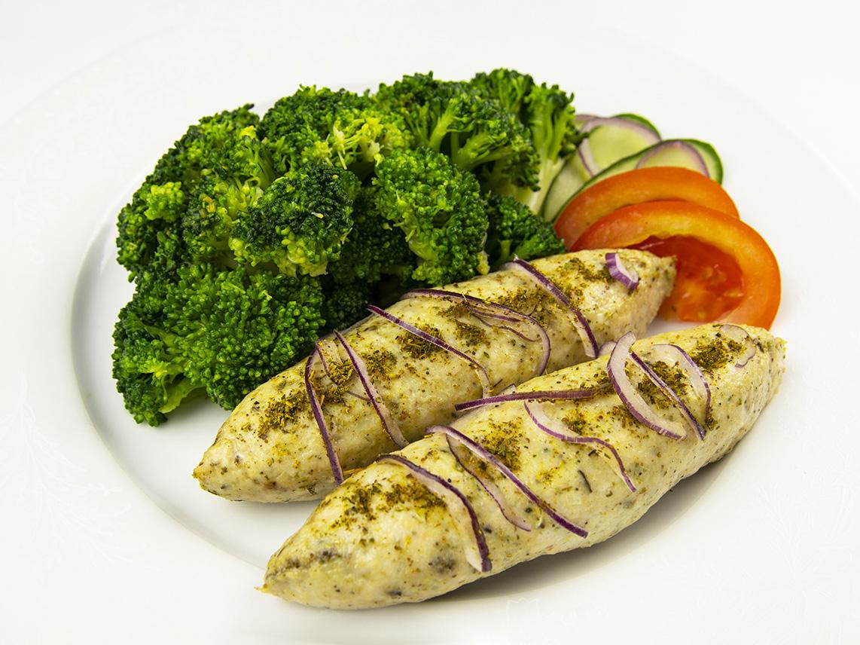 Куриные люля-кебаб с брокколи