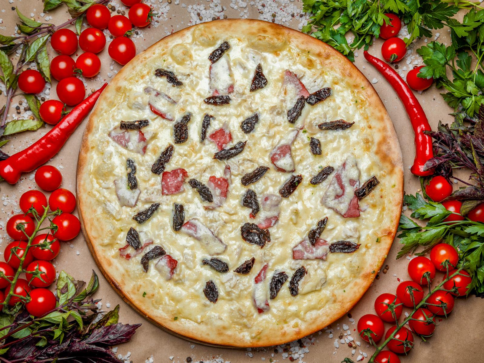 Пицца Сливочная с черносливом