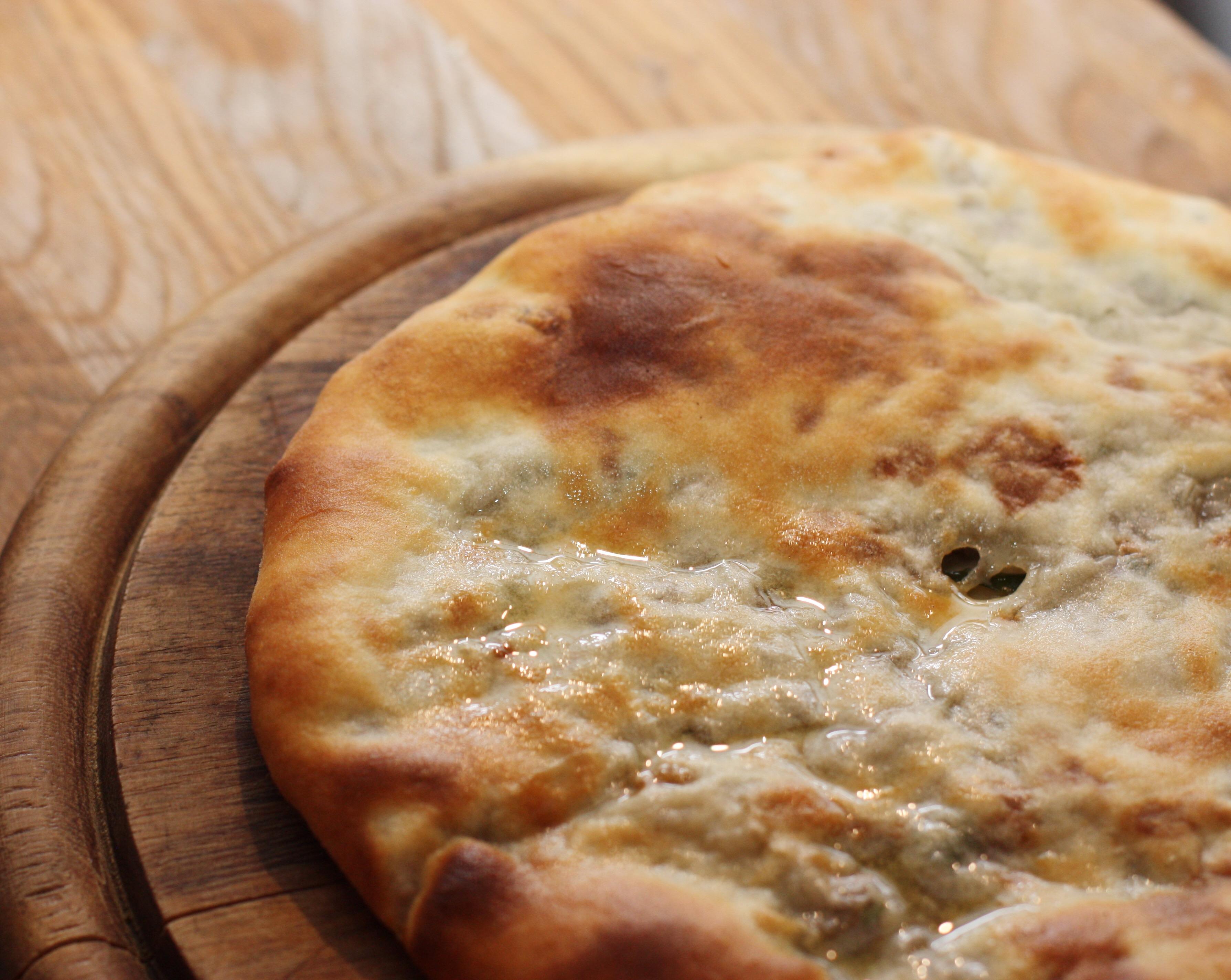 Хачапури по-абхазски с сыром
