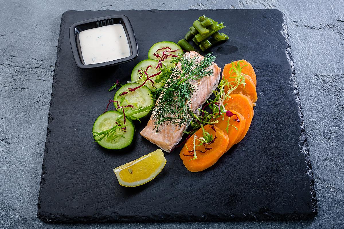 Сёмга на пару с овощами
