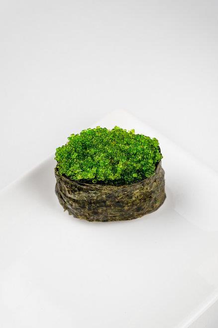 Суши Тобико зеленое