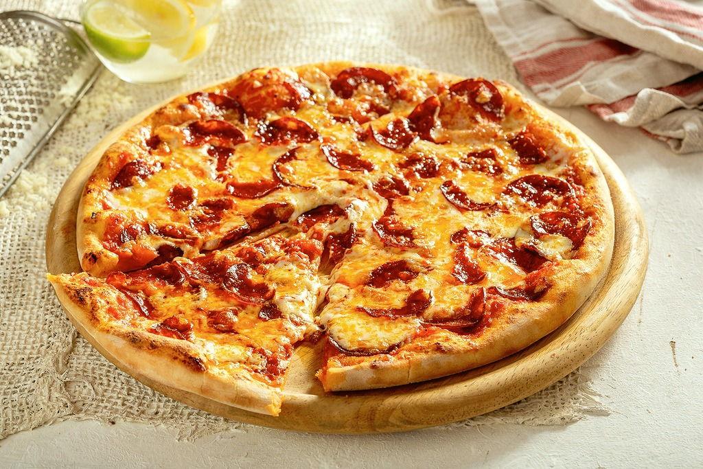 Пицца Пепперони 28 см, на тонком тесте