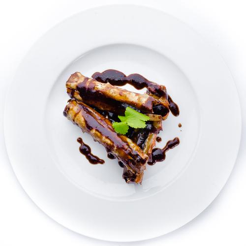 Фаланги краба в чёрно-перечном соусе
