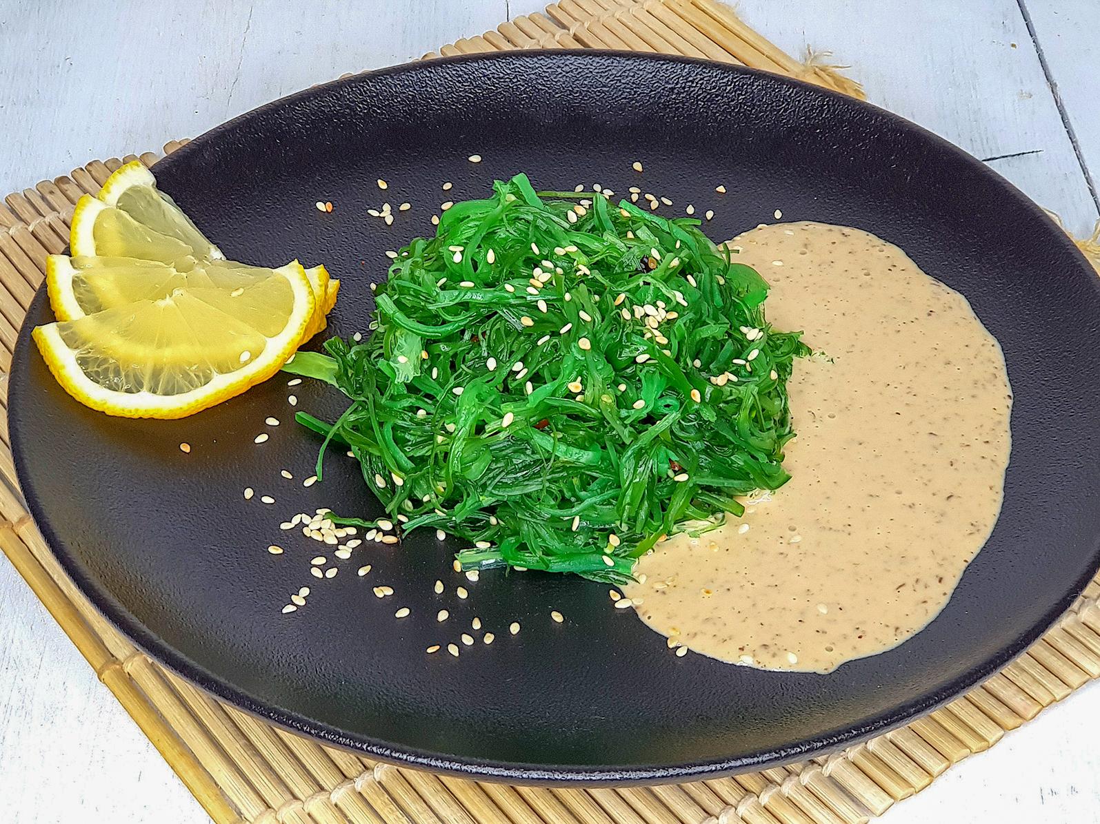 Чука с ореховым соусом