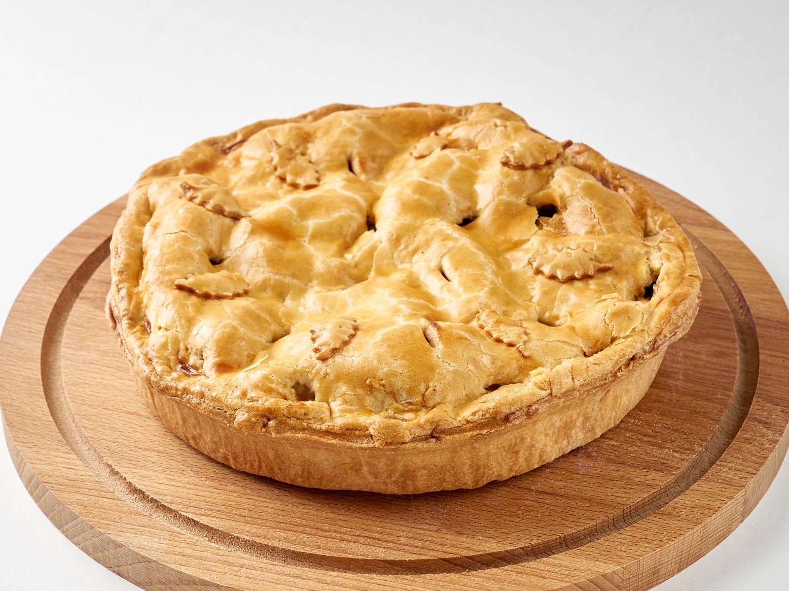 Яблочный пирог целый