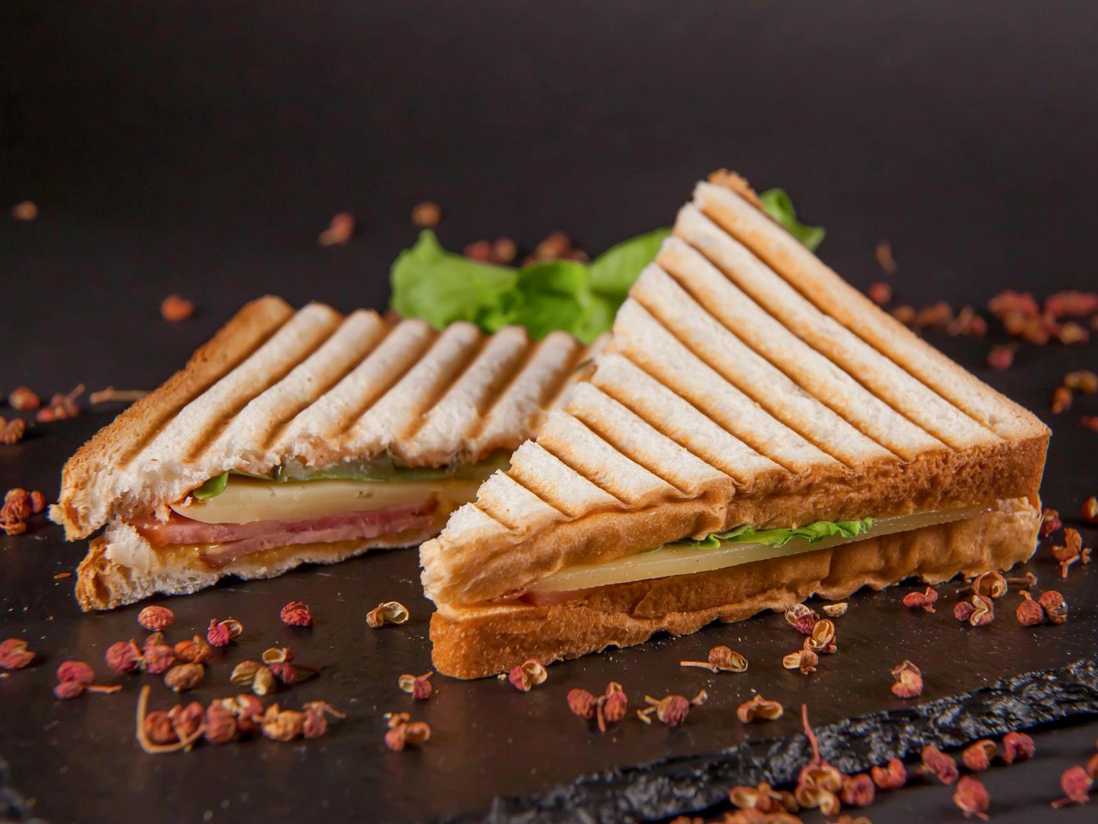 Клаб сэндвич с ветчиной