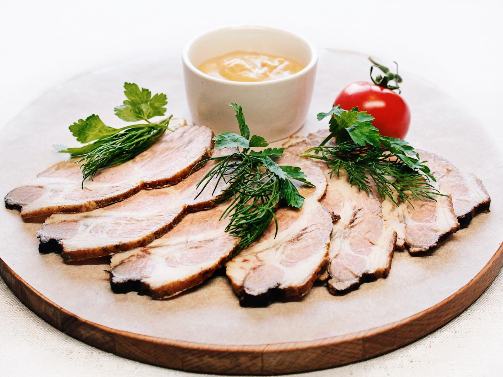 Мясо домашнего копчения