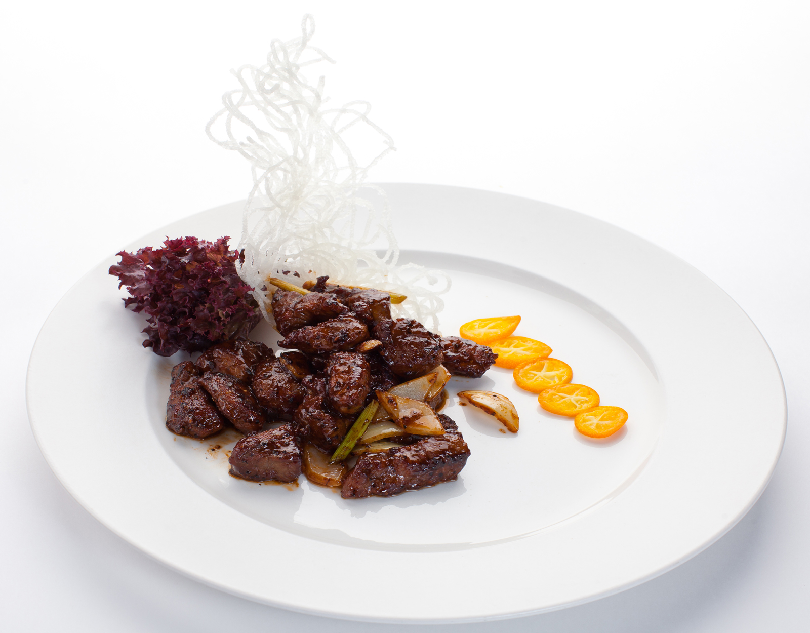 Говядина по-китайски в соусе из черного перца