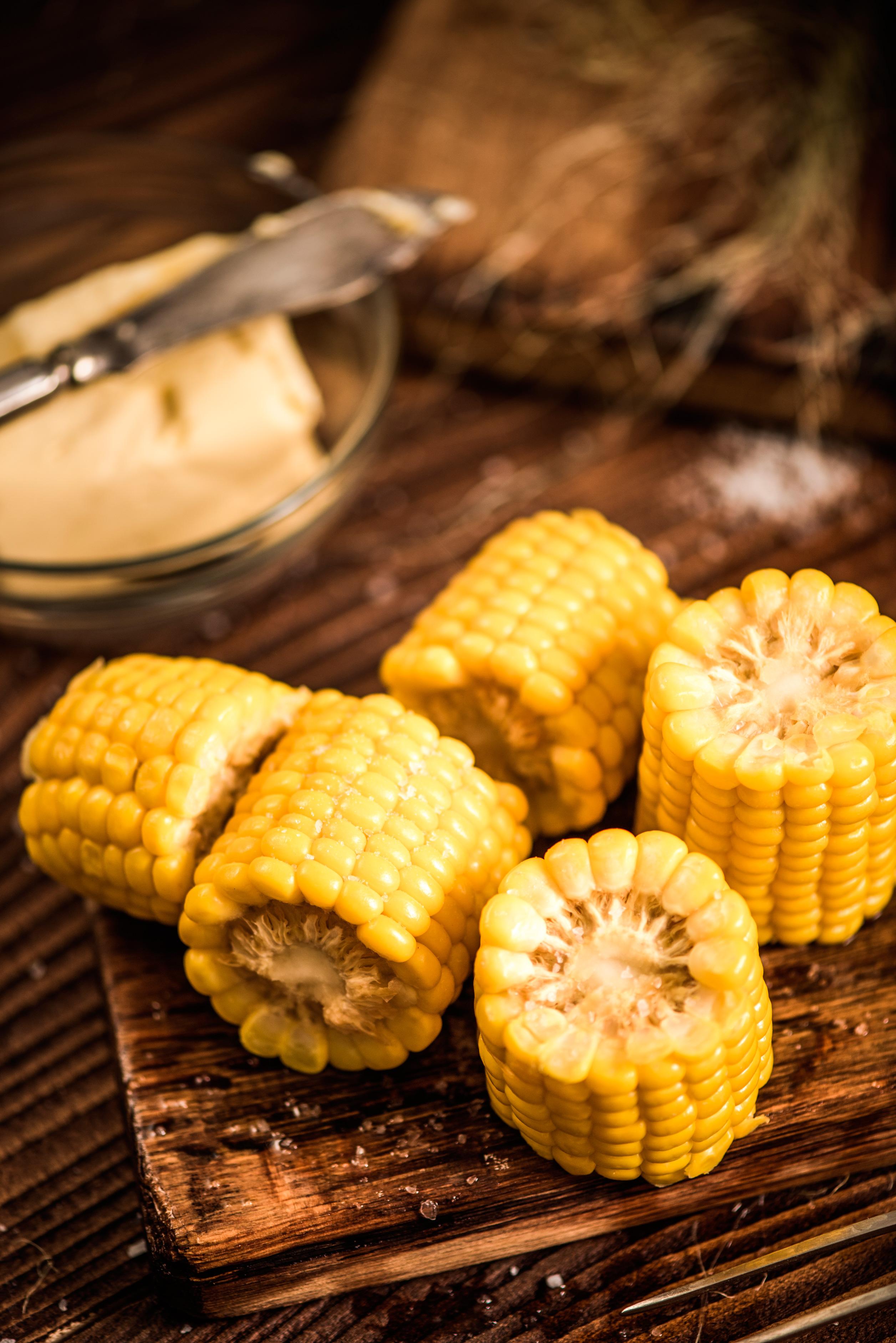 Початок кукурузы отварной