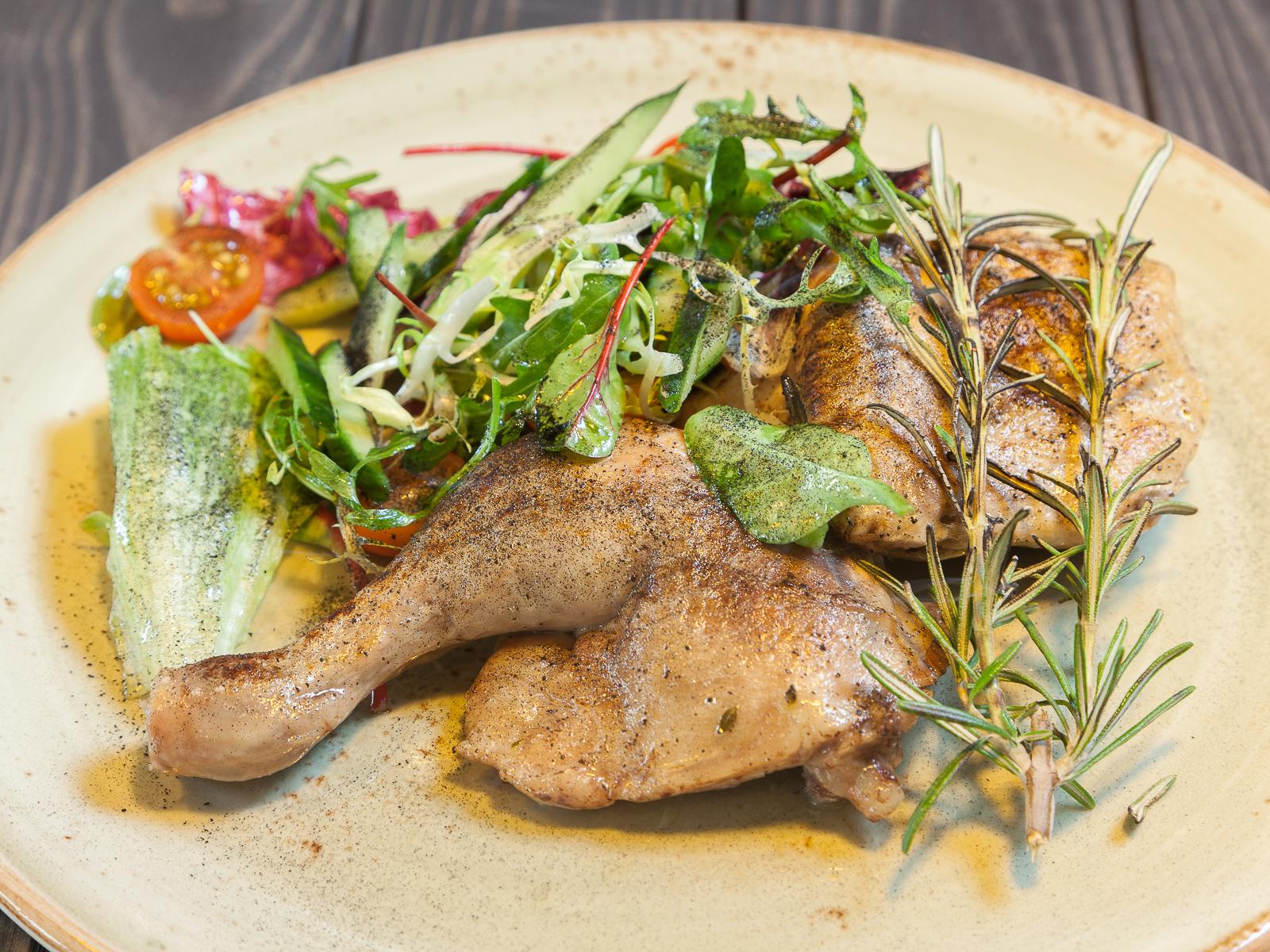 Цыпленок с микс-салатом