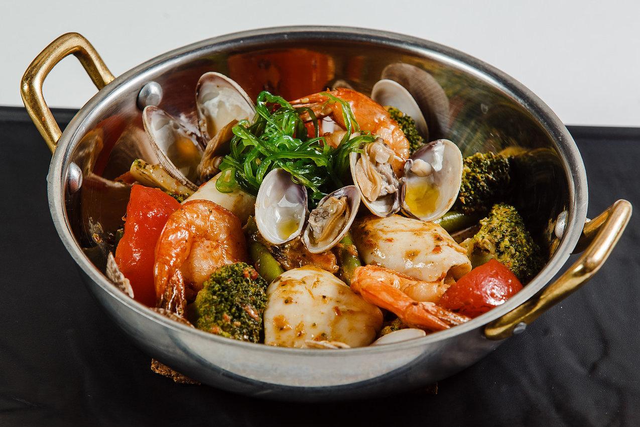 Жаркое из морепродуктов