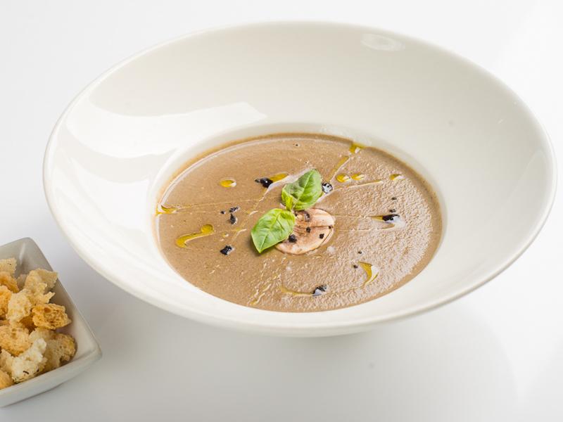 Суп-крем Грибной с чесночными сухариками