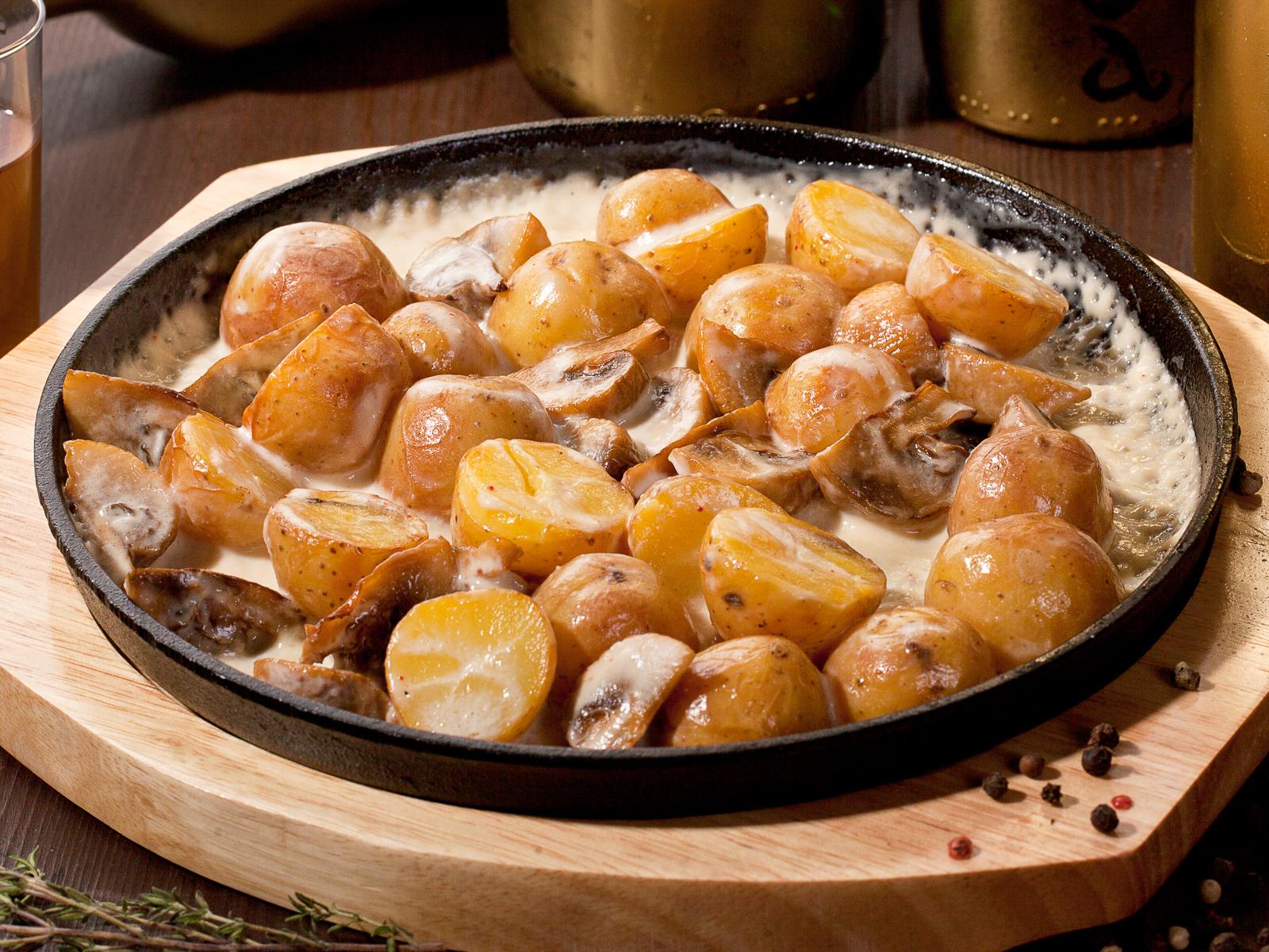 Сковорода с грибами