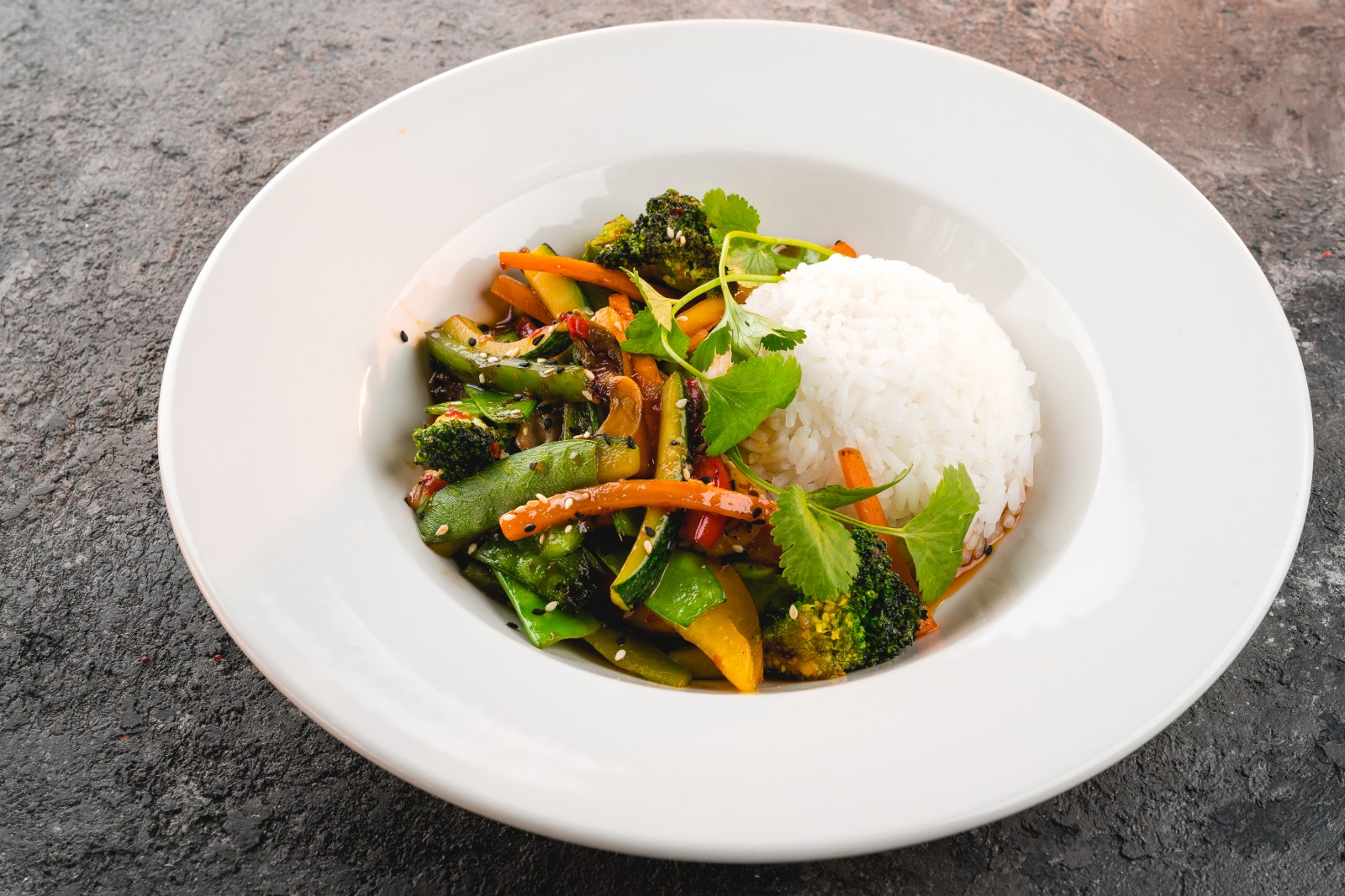 Овощи в тайском соусе