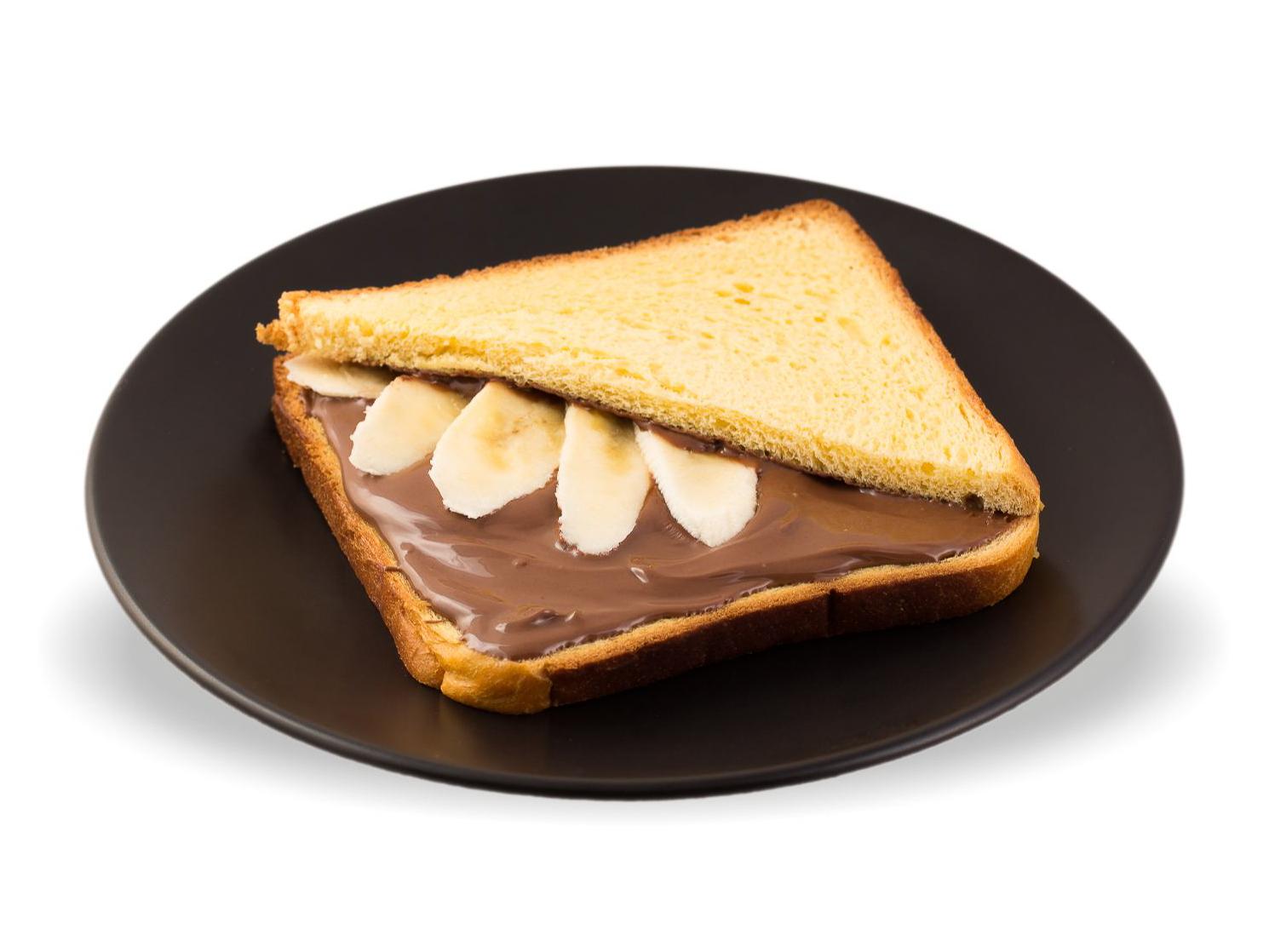 Сэндвич с нутеллой и бананом