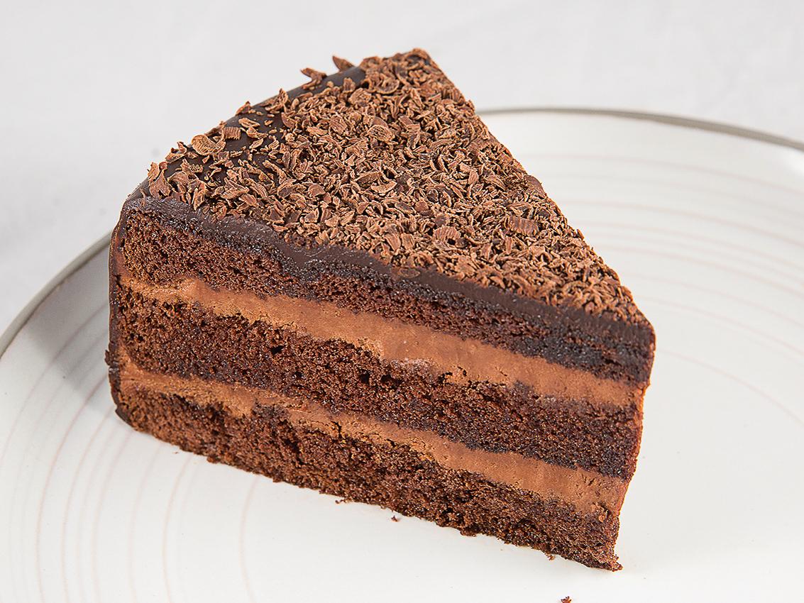 Шоколадный торт с темным ромом
