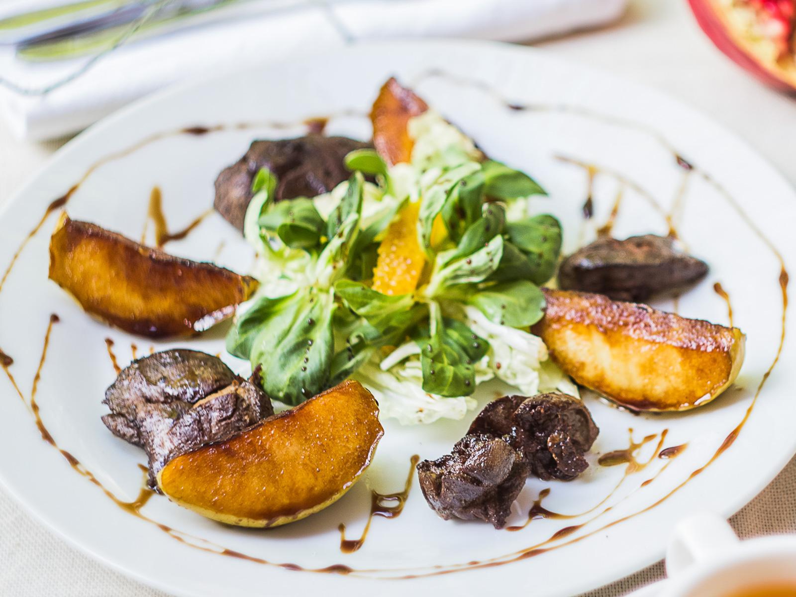 Салат из печени карамелизированной