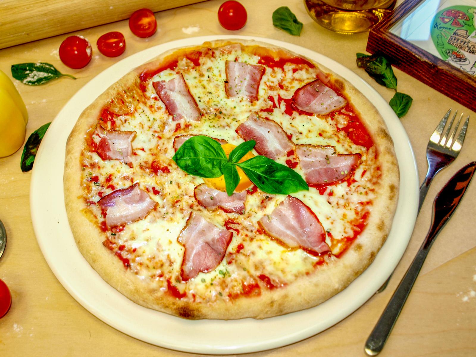 Пицца Карбонара красная