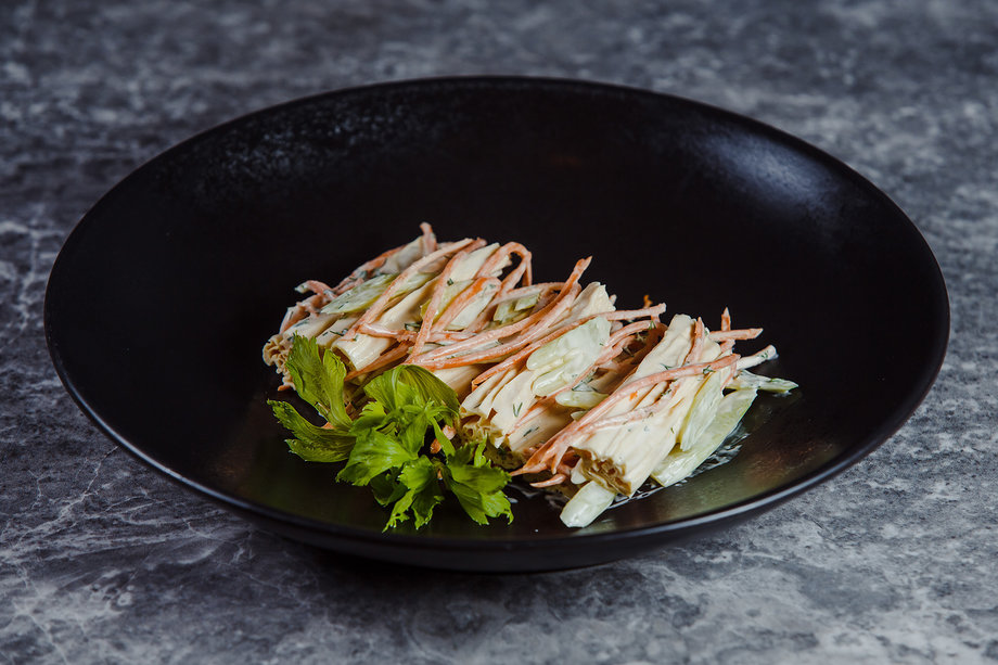 Салат из соевой спаржи, моркови и сельдерея
