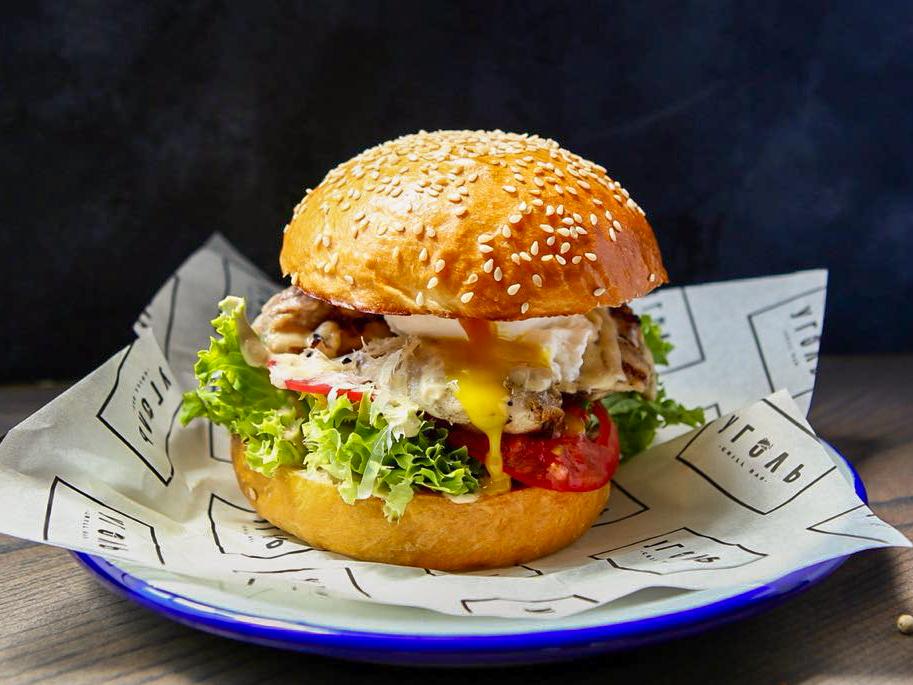 Цезарь-бургер