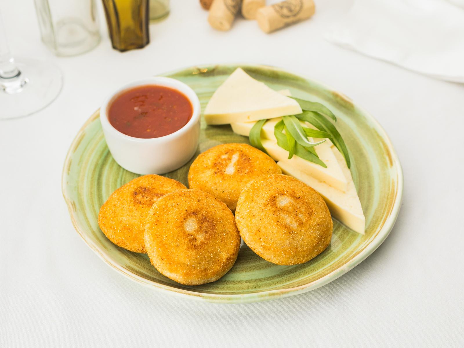 Мчади с сыром cулугуни