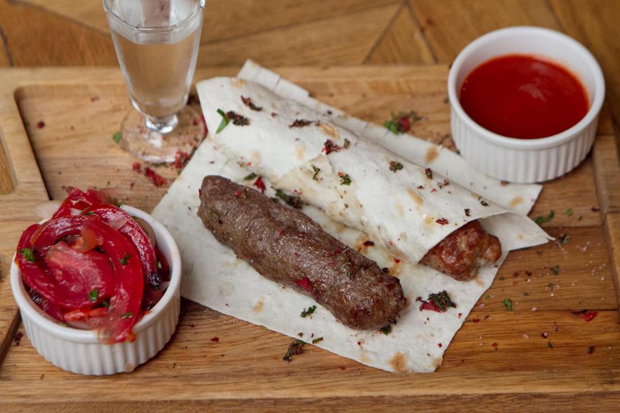 Традиционный люля-кебаб из баранины