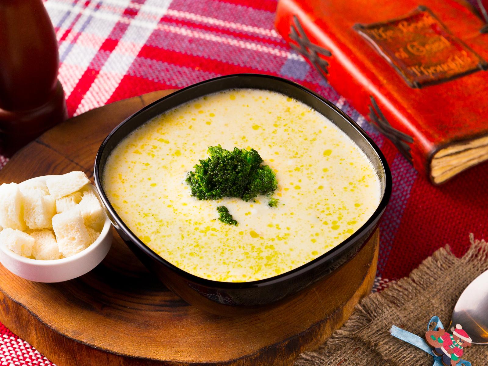 Суп сырный с брокколи