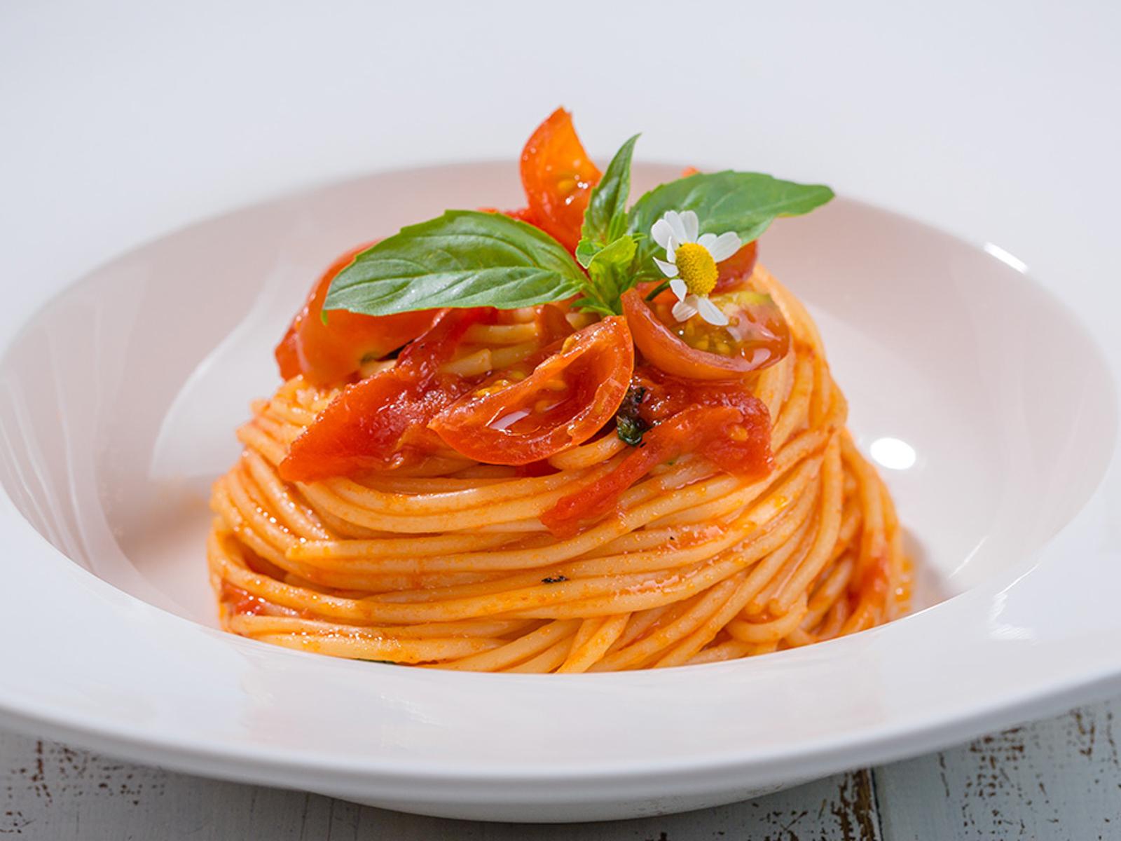Пенне или спагетти помодоро