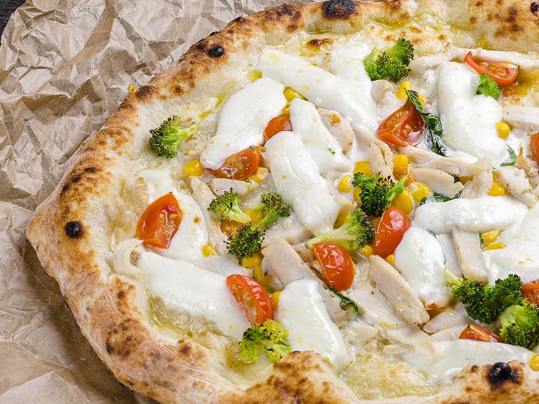 Пицца неаполитанская Курица с брокколи