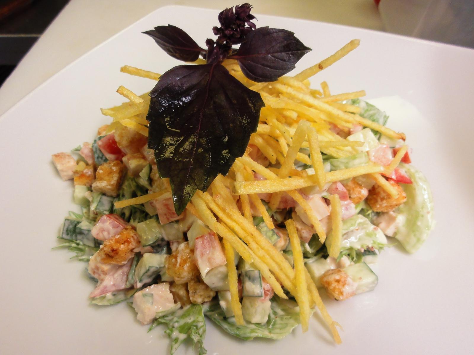 Салат куриный с картофелем пай