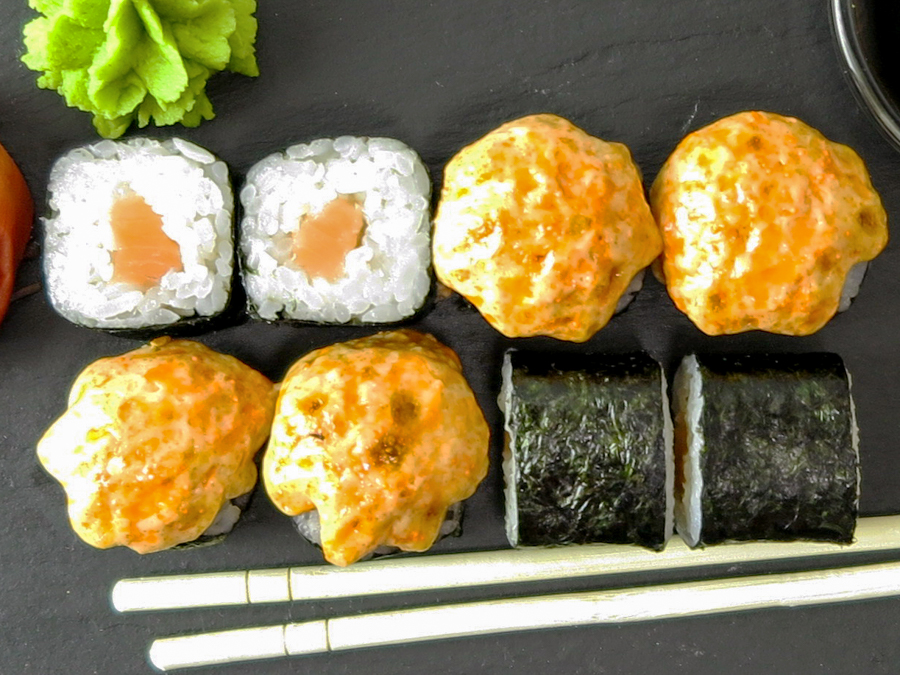 Ролл Запеченный лососик