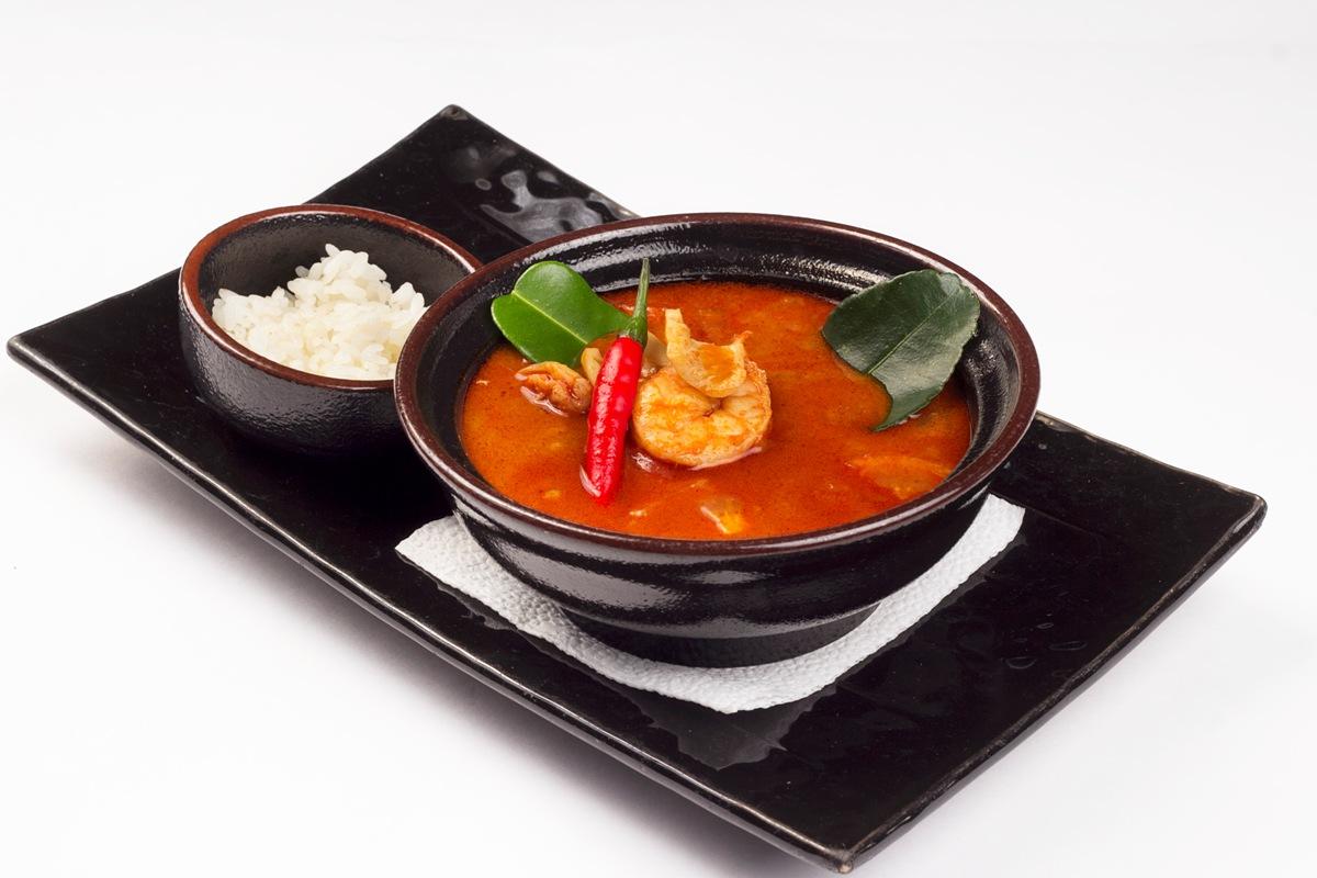 Том Ям Кунг с морепродуктами