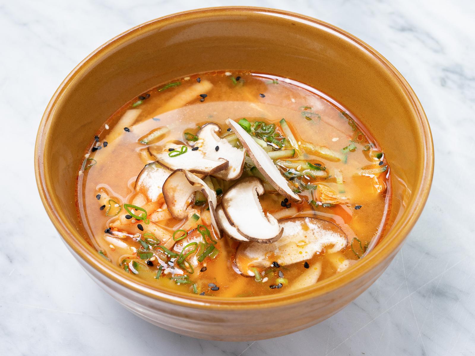 Сычуаньский суп с соевой спаржей