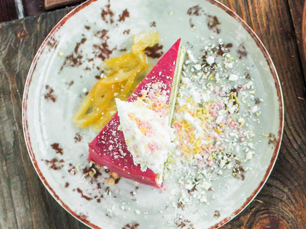 Торт  Малиновый Испанахи
