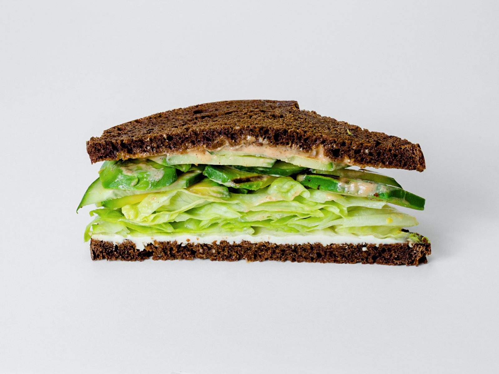 Веганский Сэндвич с авокадо гриль
