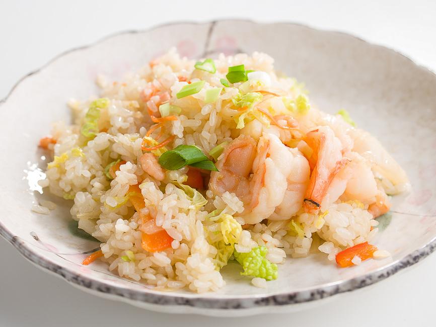 Рис с кальмарами и креветками в соевом соусе