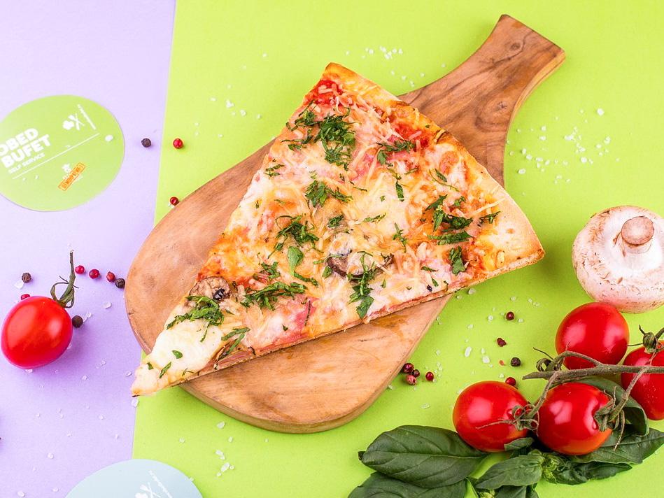 Пицца с ветчиной и грибами слайс