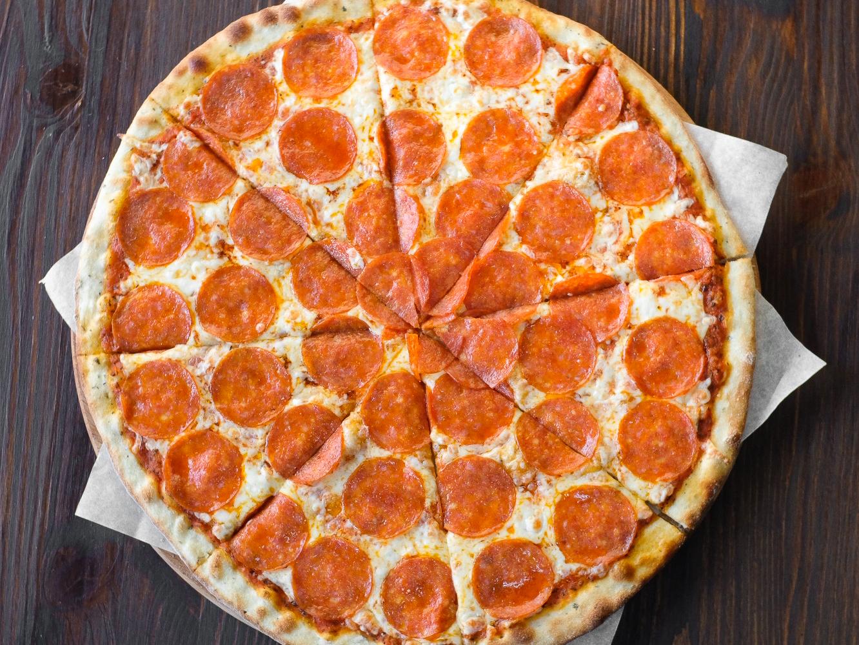 Пицца Пепперони в ресторане Хачапури & Кофе
