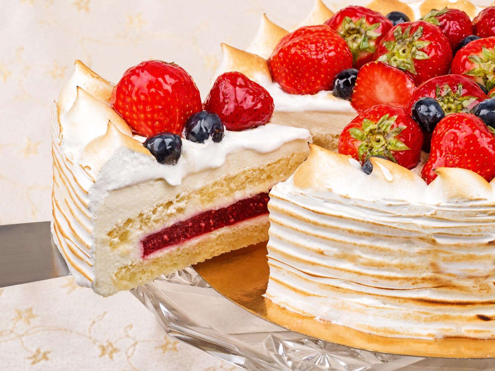 Торт №19 Яблочный мусс и малиновое желе
