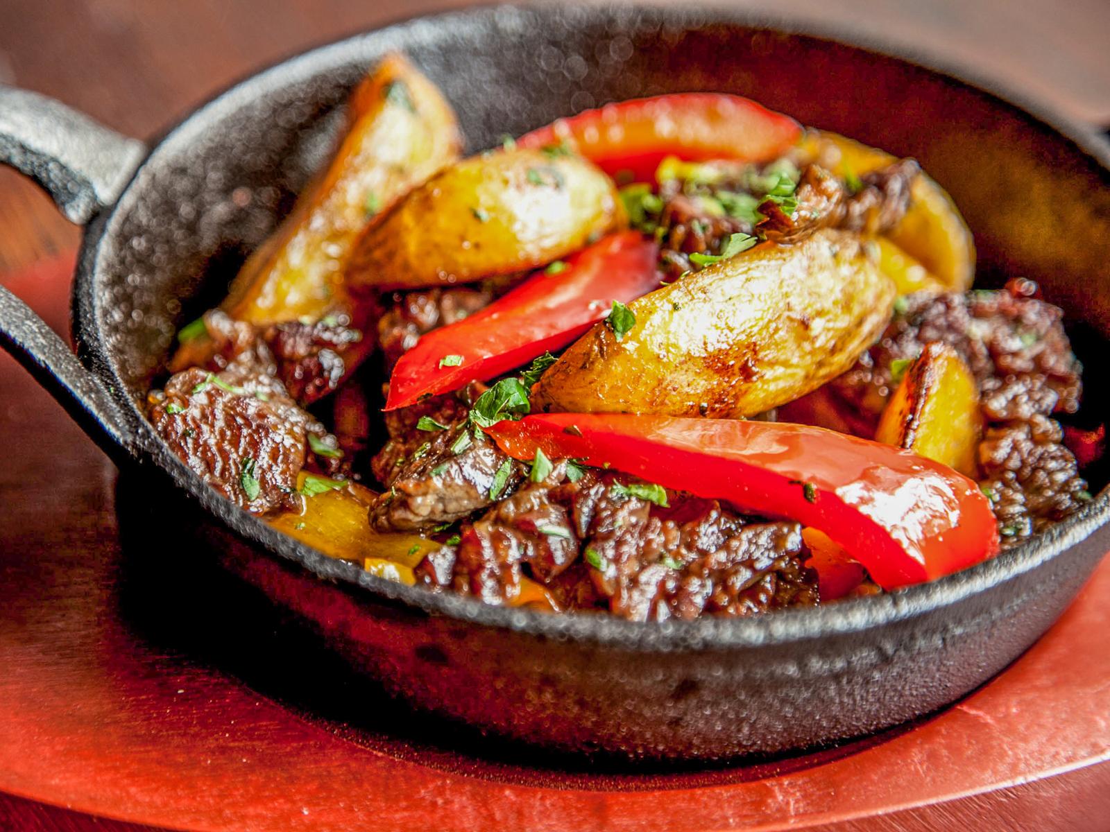 Говядина Терияки с картофелем и овощами