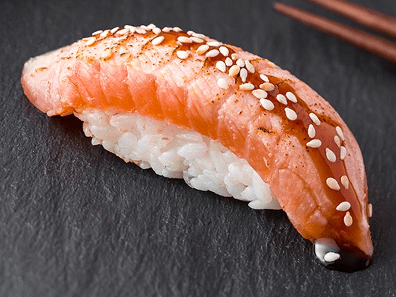 Суши Опаленный лосось