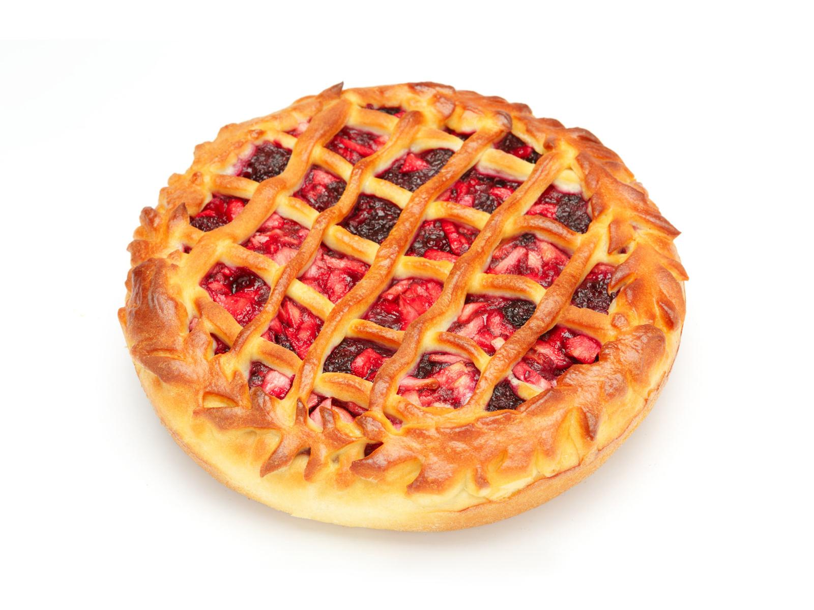 Пирог с яблоком и ежевикой