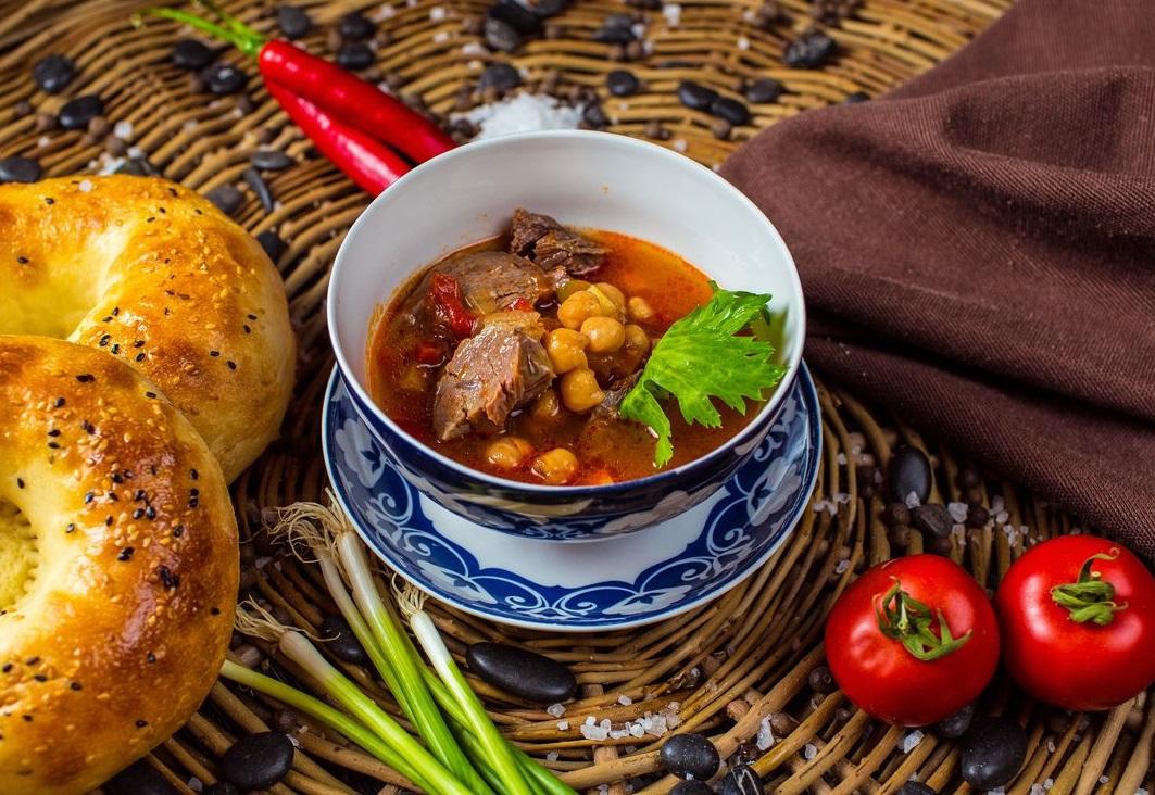 Суп с нутом и телятиной