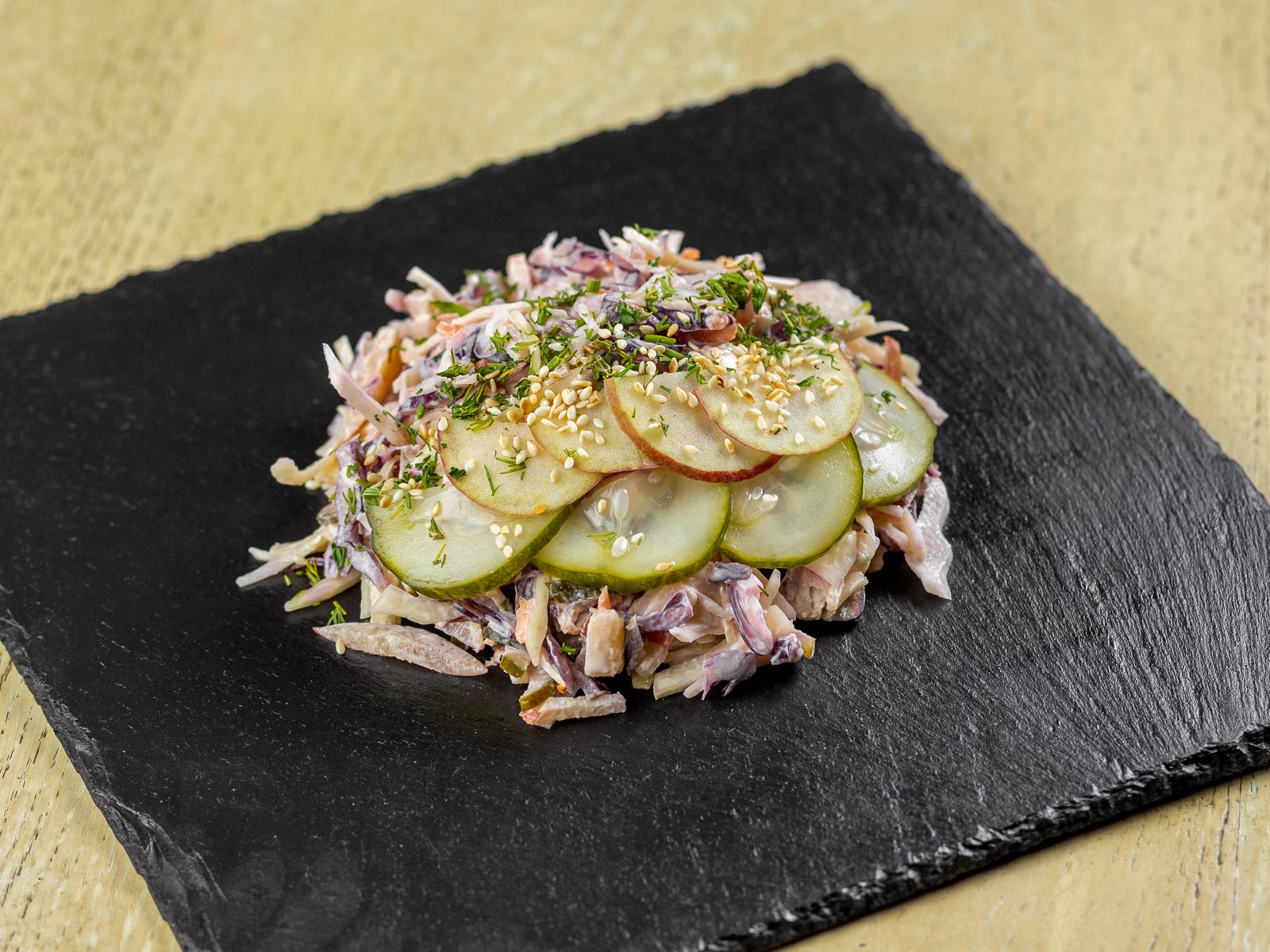 Капустный салат Коулслоу
